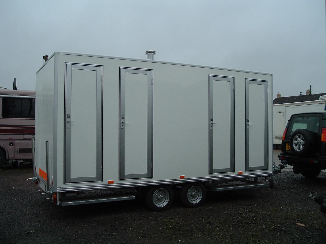Temporary Shower Units : Wessington cabins hire portable shower units